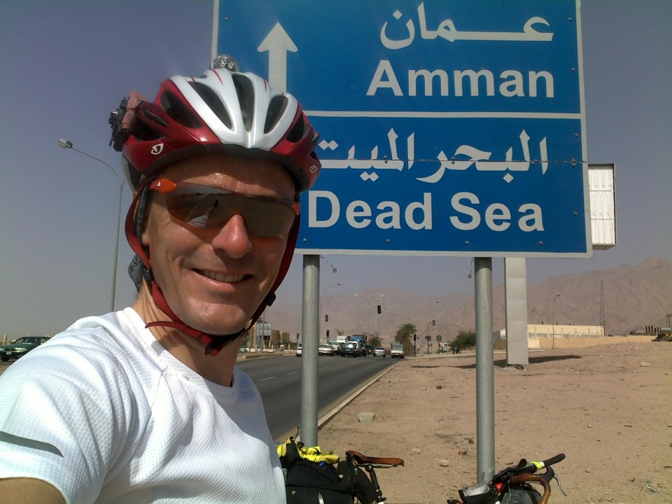 Vin Cox leaving Aqaba, Jordan, heading for Amman, cycling around the world.