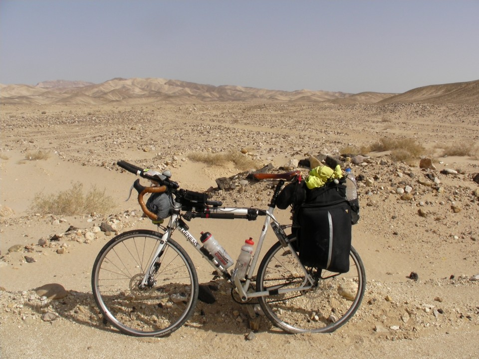 Vin Cox's bike in the Sinai desert